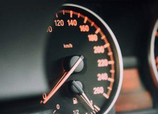 Małe auto to niekoniecznie mały kłopot. Interesują Cię samochody używane? Szukaj tych z gwarancją.